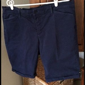 Not Your Daughters Jeans. Size 16, Bermuda's